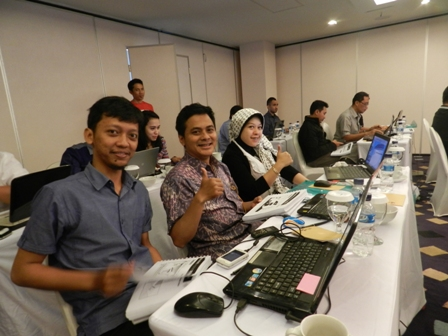 suasana kelas workshop internet marketing